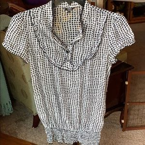 Maurices sheer cap sleeve blouse in sz Lg